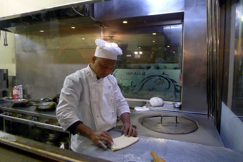 Kashmir(カシミール) オープンキッチン