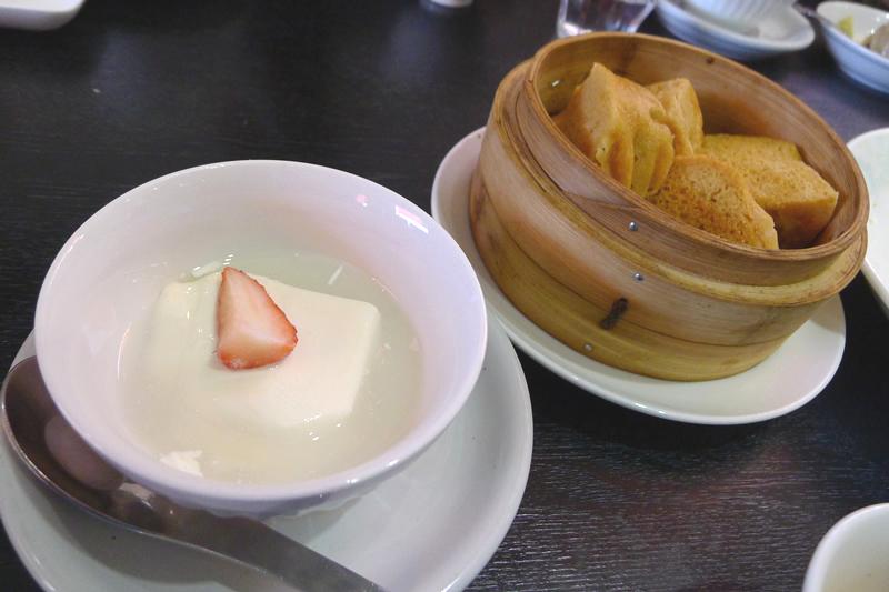 本格新中国料理ムーラン デザート 杏仁豆腐