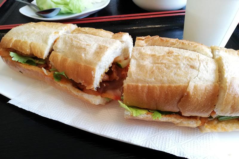 ベトナム料理ニエウクアン バインミー
